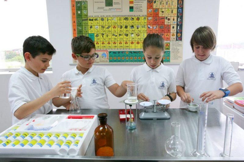 Înscrierile la Little London School sunt în plină desfășurare!