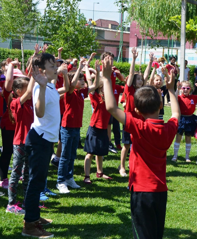 Muzică, entuziasm, competiție – o zi altfel la noi la școală