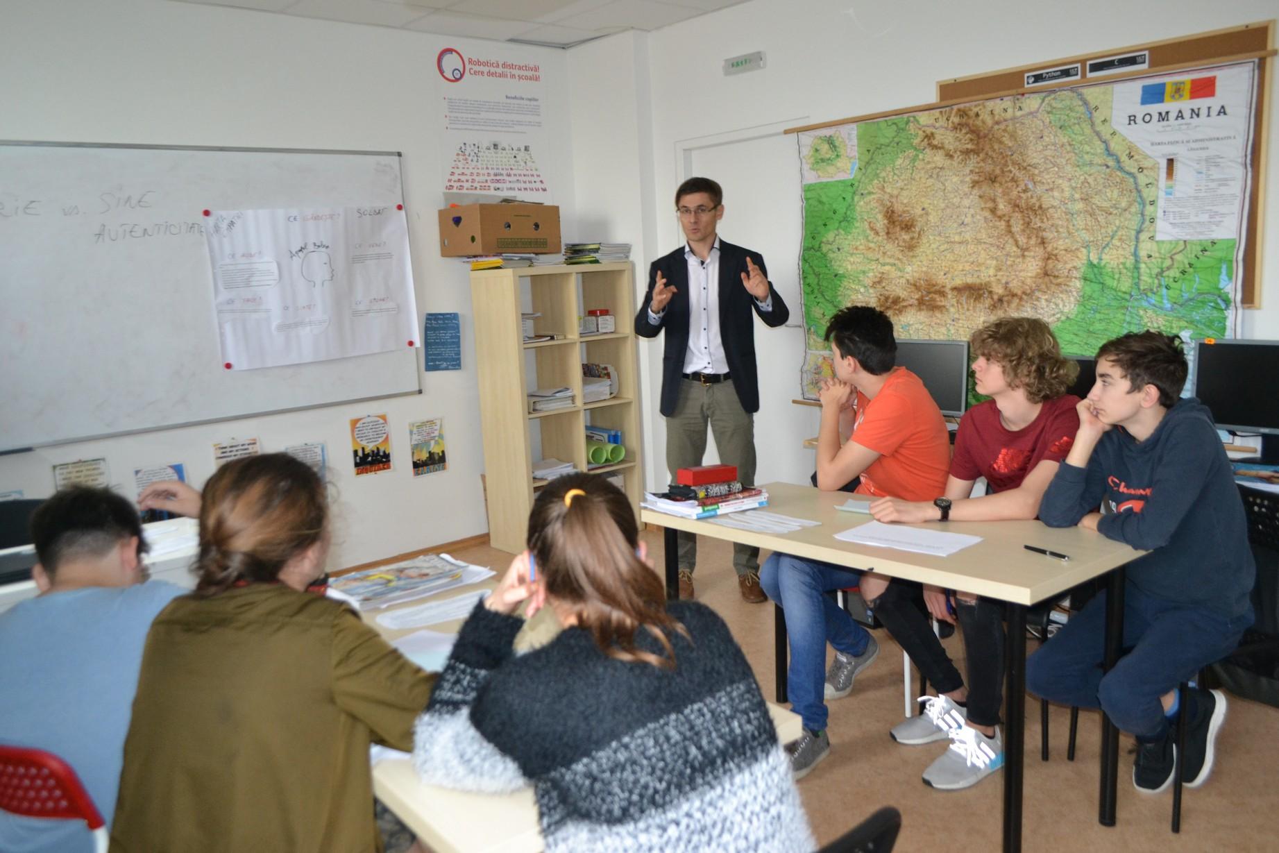 Lecţie română-logică-istorie