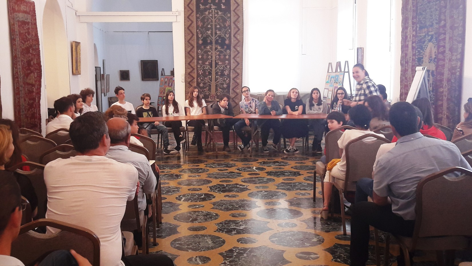 Frumusețea vs. Urâțenia – o altfel de oră de română